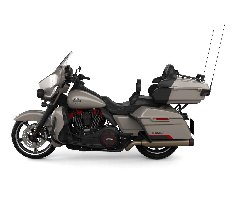 摩托车停在地上  描述已自动生成